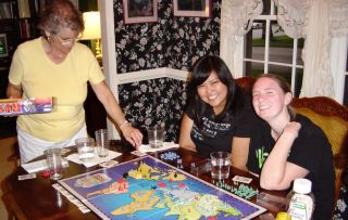 girls playing risk